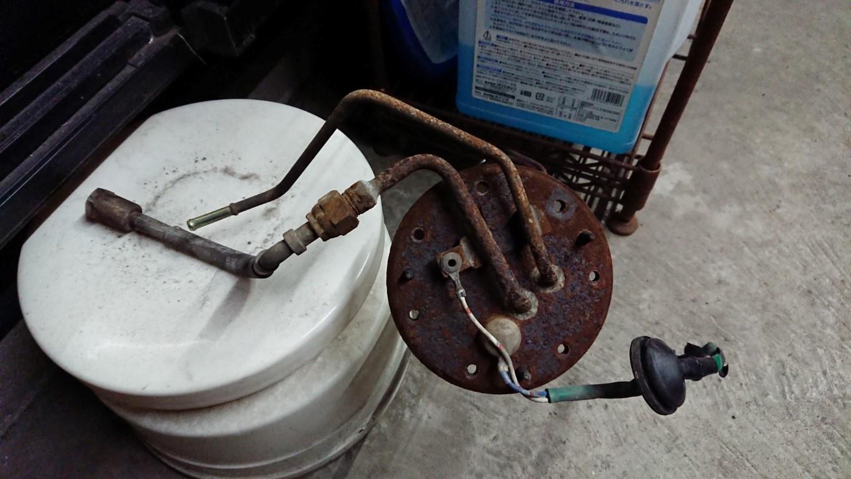 【ST205】軽い気持ちで燃料ポンプを交換してもらおうとしたら、また3週間帰ってこなかったw